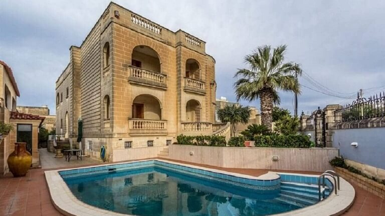 Buy Property in Malta